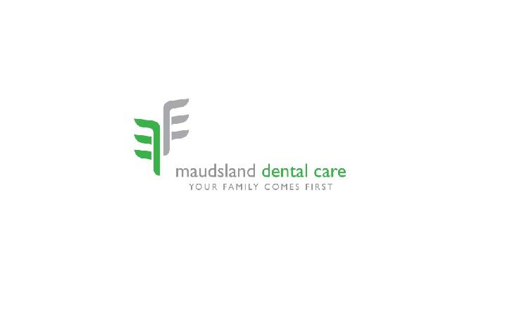 Maudsland Dental Care Logo.jpg